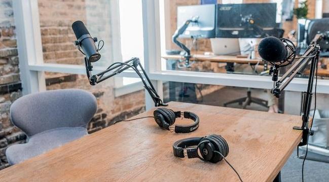 Google Podcast Homepage, Mobile-First indexering en Instagram tegen fake news – Monthly Grow Digital - Webiteers